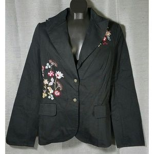 Agapo Medium Black Embroidered Floral Blazer
